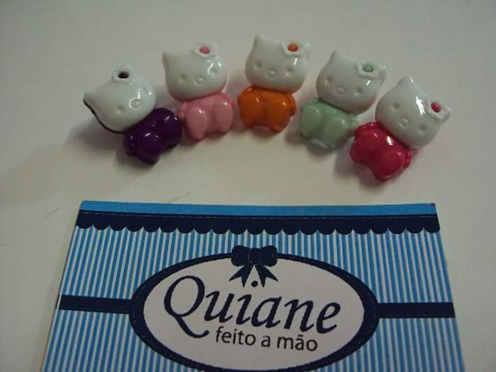 Kit Sortido 10 Botões da Hello Kitty
