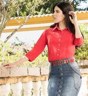 Camisa Crepe 3/4, ombros  tiras e renda - C2650