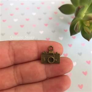 Pingente de Metal Máquina Fotográfica - Importado