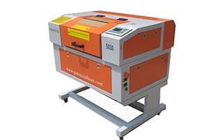 Máquina de Gravação e Corte a Laser TK5030